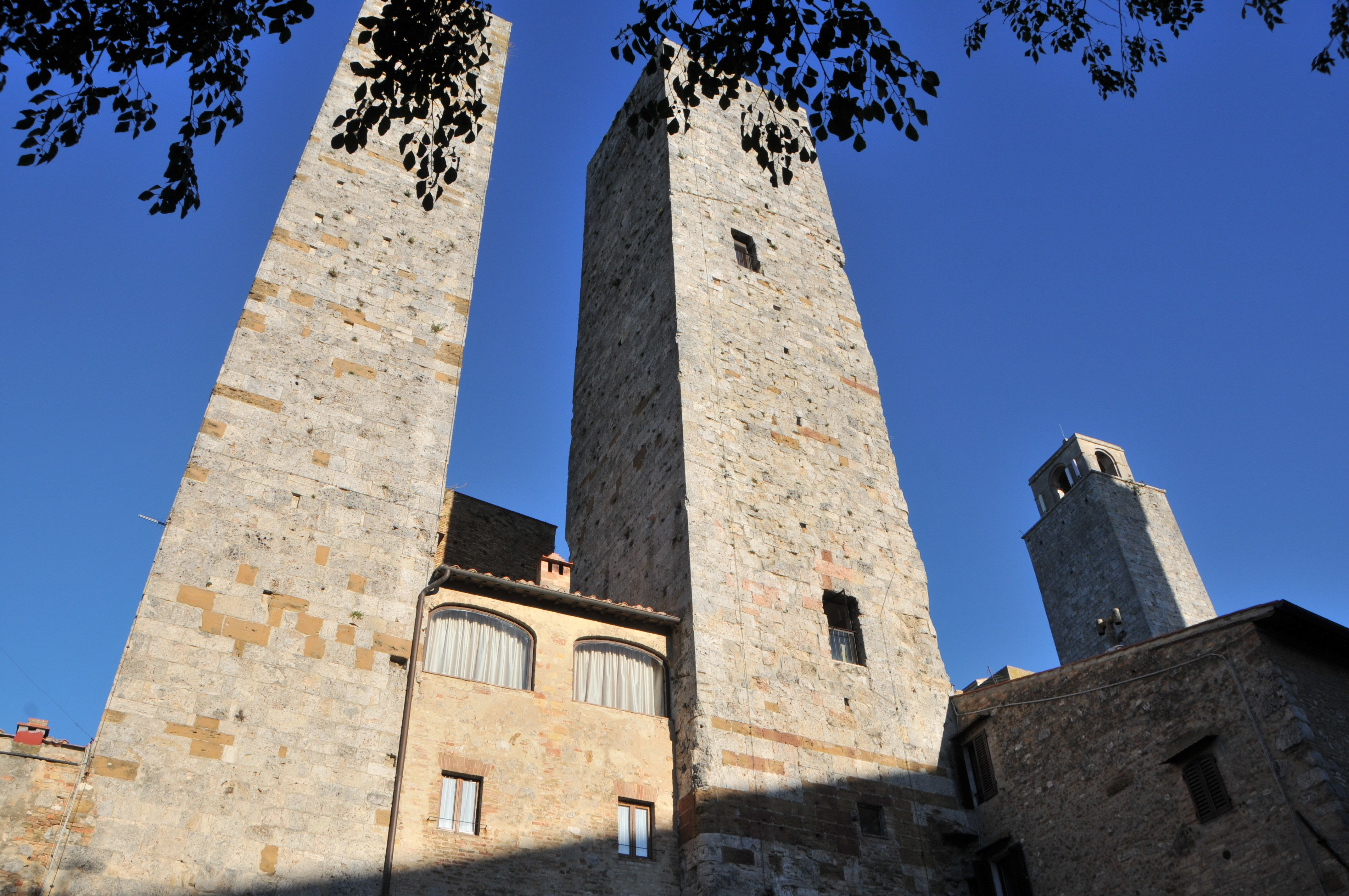 Where to stay between siena and florence tuscany reportage for Sienna house