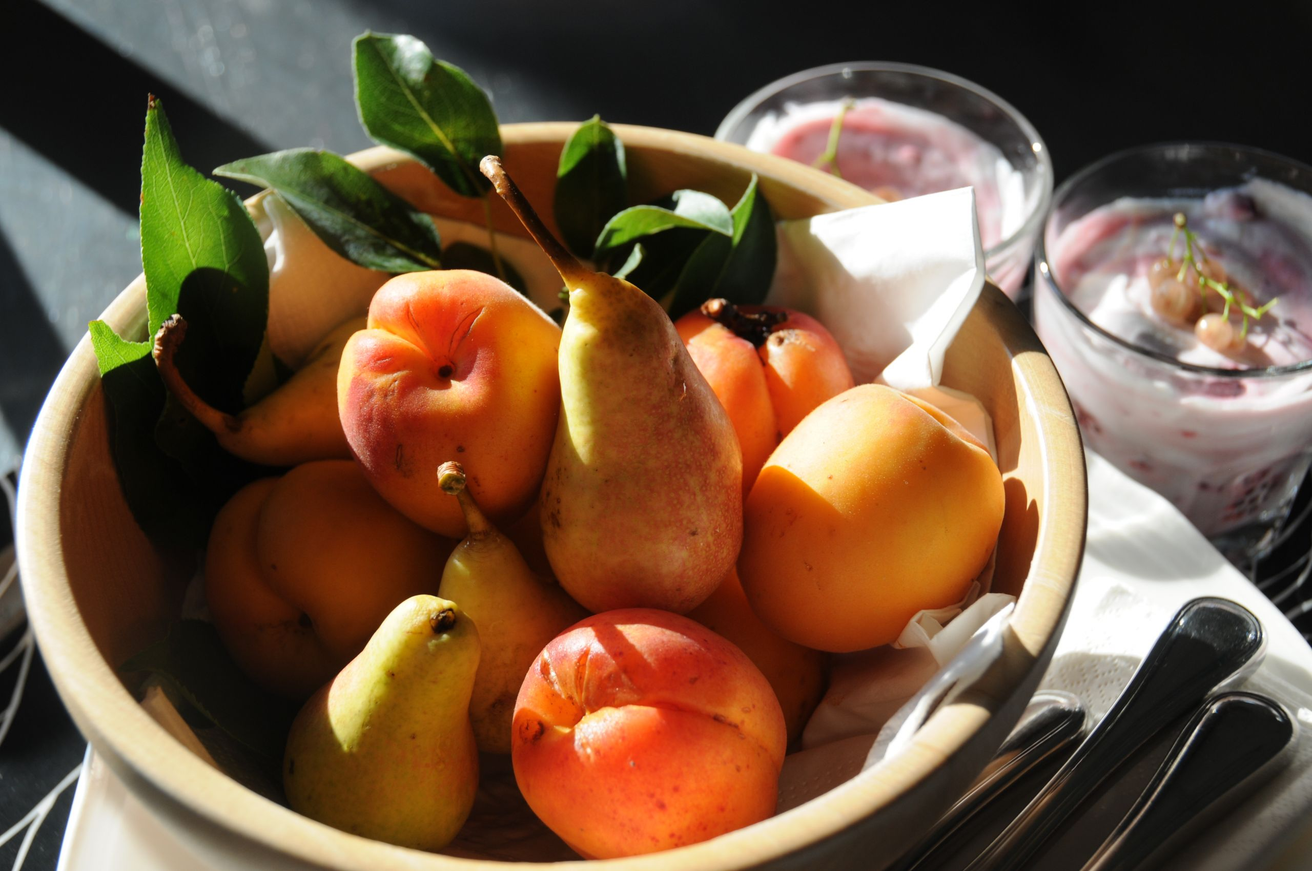 Image of seasonal fruits served for breakfast at Siena House