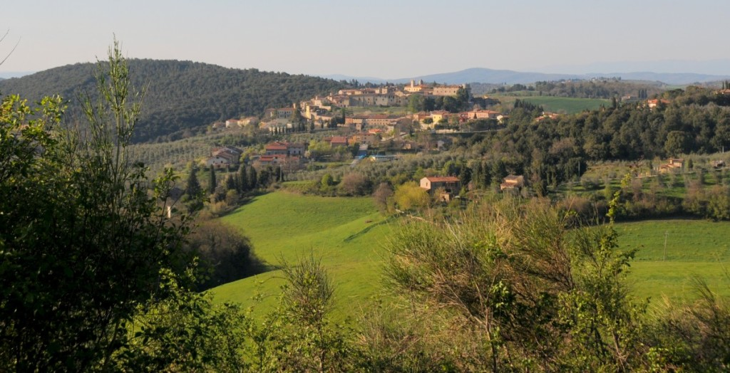 image showing a tuscan hilltop town Trequanda viewed from a distance